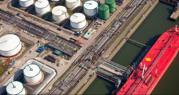 LNG-bunkering-2-e1474885056685-620x330